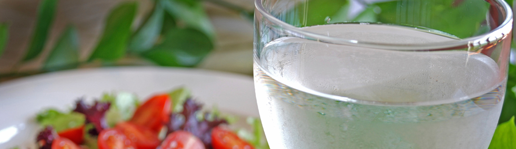 Should You Drink Water During Meals Or With Certain Foods